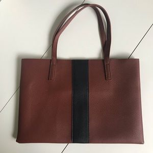 New VINCE CAMUTO Luck Tote Vegan Pebbled Leather